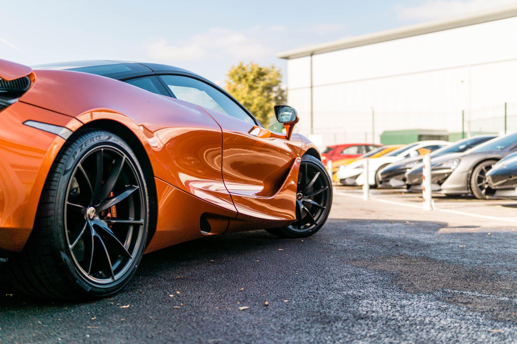 McLaren 720S V8 2dr SSG PERFORMANCE image 26